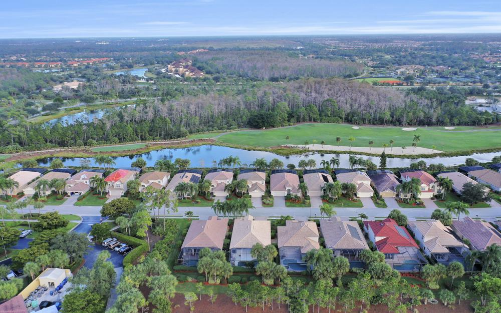 9349 Independence Way, Fort Myers - Home For Sale 859490546