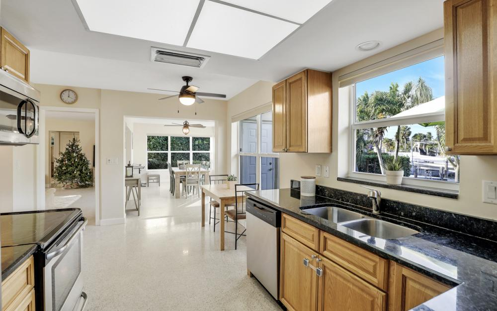 802 Dandelion Ct, Marco Island - Home For Sale 1396376405
