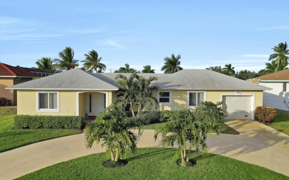 802 Dandelion Ct, Marco Island - Home For Sale 1572848744