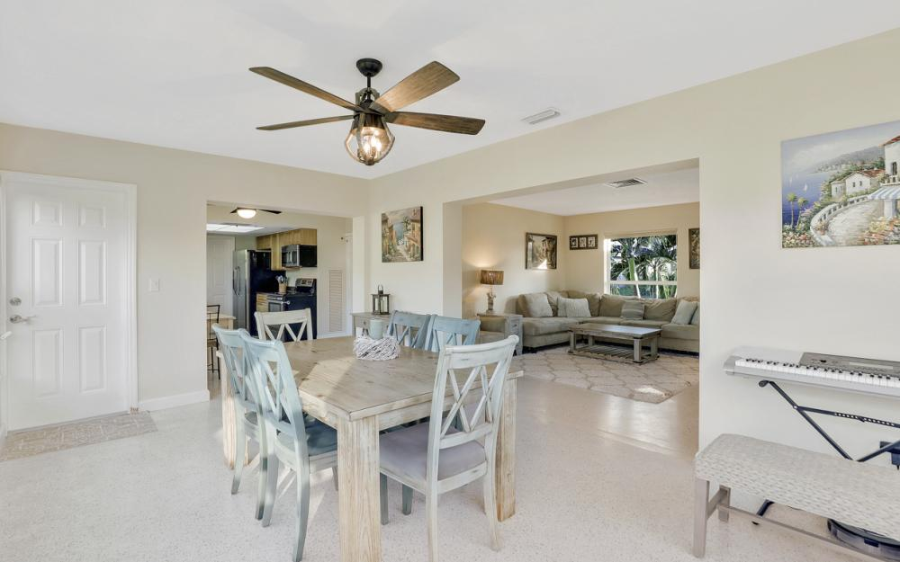 802 Dandelion Ct, Marco Island - Home For Sale 1261668542