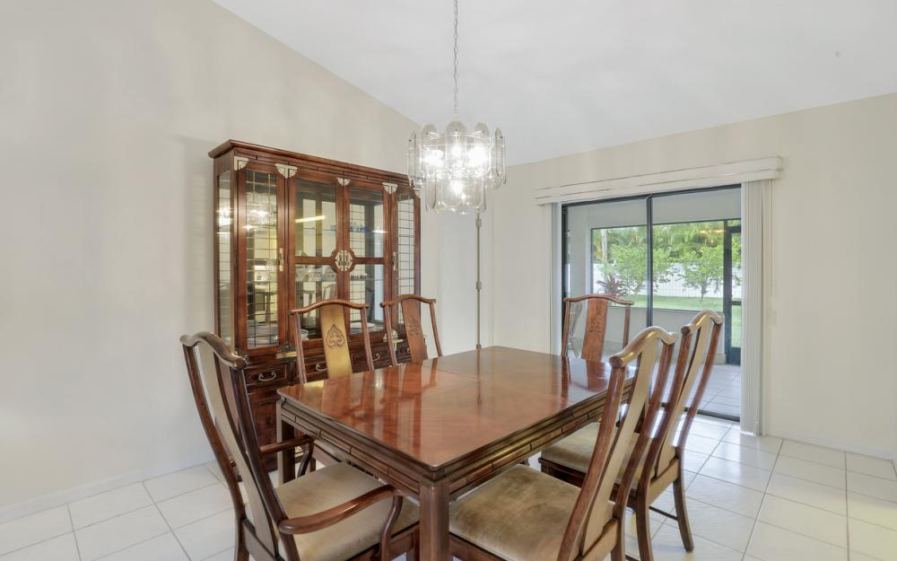 325 SE 21st Ave, Cape Coral - Home For Sale 1924916786