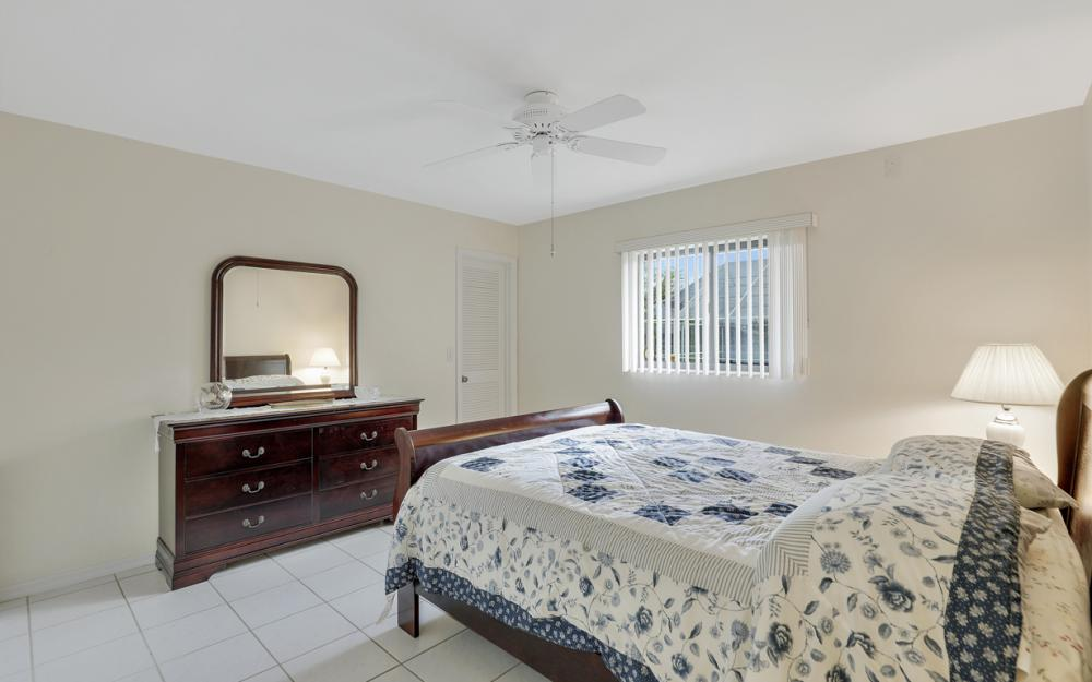 325 SE 21st Ave, Cape Coral - Home For Sale 119972827