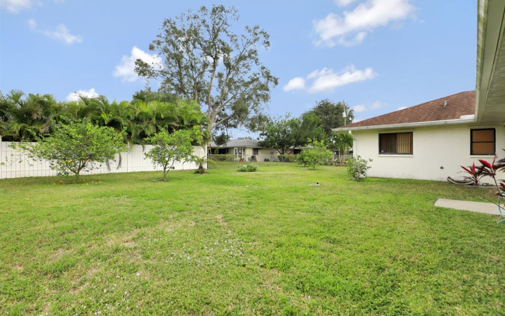 325 SE 21st Ave, Cape Coral - Home For Sale 782637592