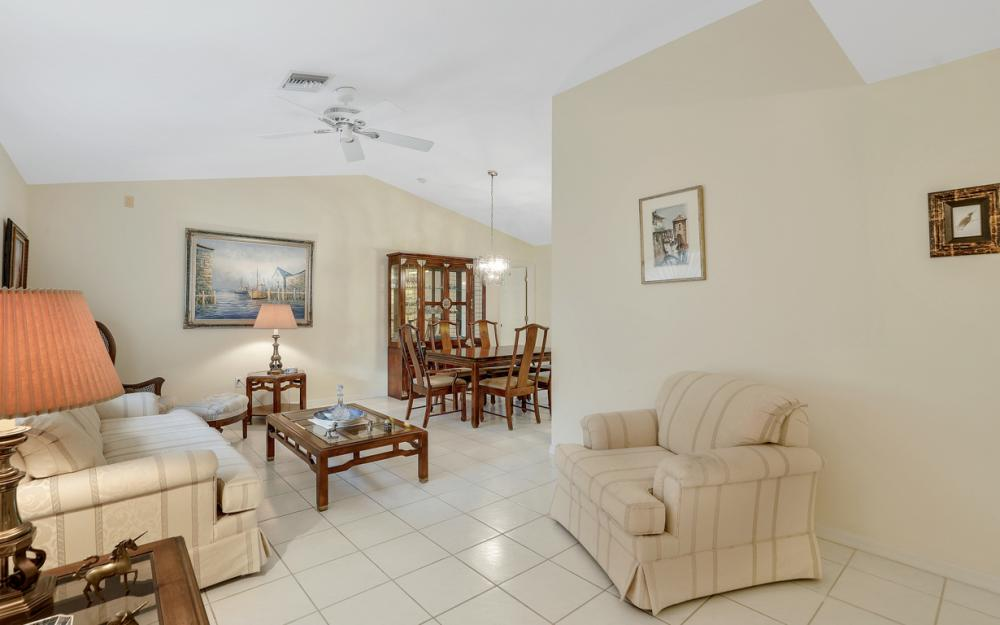 325 SE 21st Ave, Cape Coral - Home For Sale 1310360969