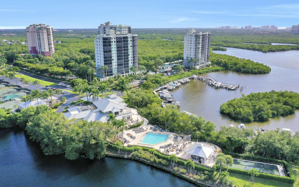 425 Cove Tower Dr #601, Naples - Condo For Sale 578346882