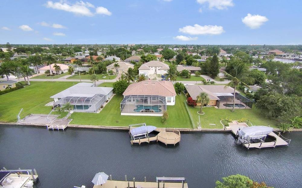 4922 SW 2nd Ave, Cape Coral - House For Sale 881538009