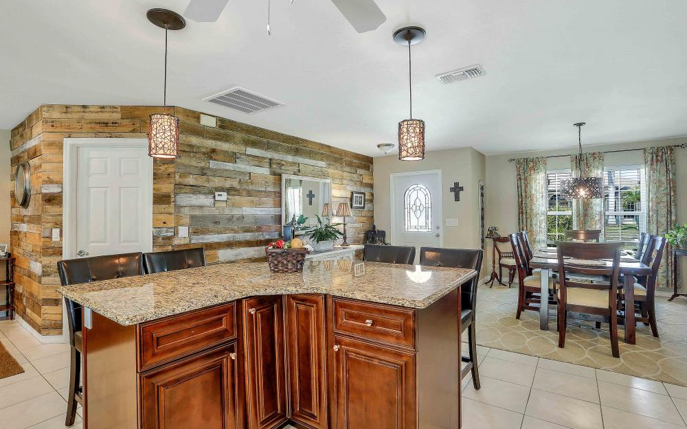 2302 SW 53rd Ter, Cape Coral - Home For Sale 755418590