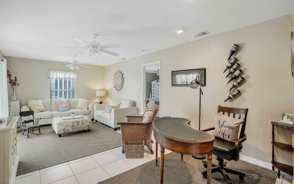 2302 SW 53rd Ter, Cape Coral - Home For Sale 1112049668