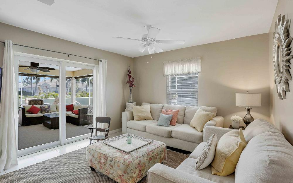 2302 SW 53rd Ter, Cape Coral - Home For Sale 2008438612