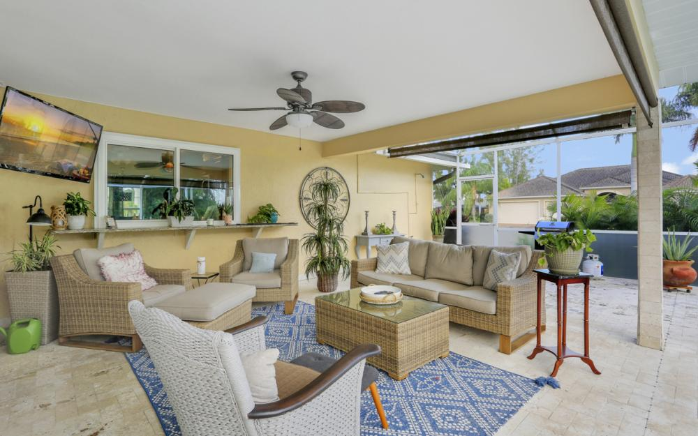 2302 SW 53rd Ter, Cape Coral - Home For Sale 561038350
