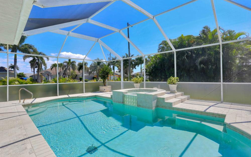 2302 SW 53rd Ter, Cape Coral - Home For Sale 411956814