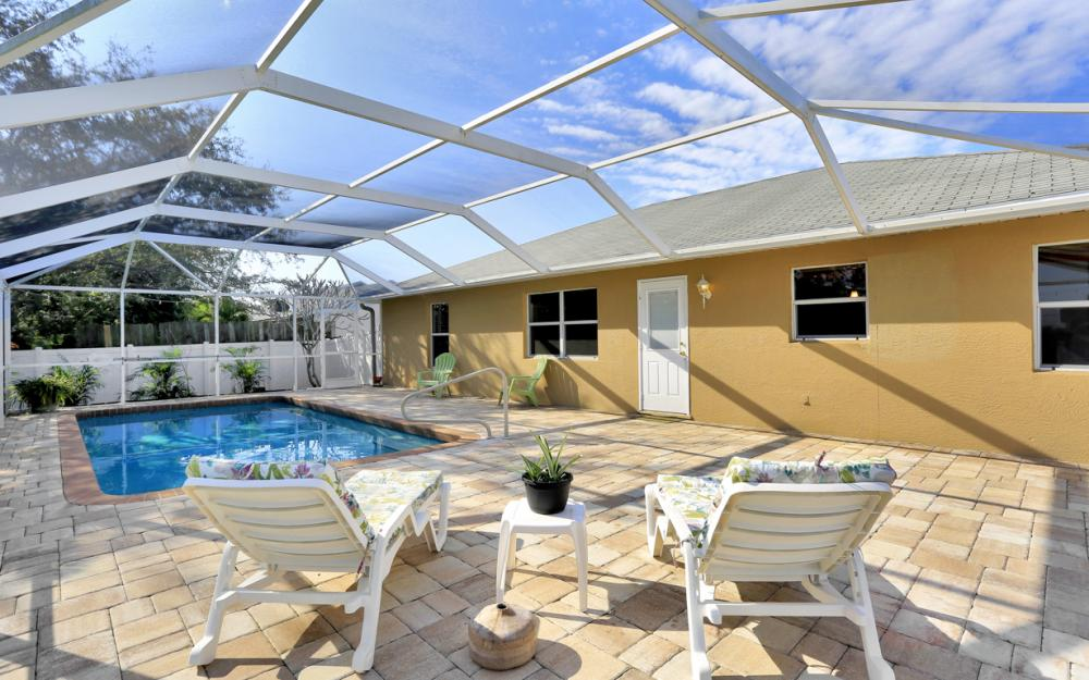 3527 SW 12th Ave, Cape Coral - Home For Sale 413103973