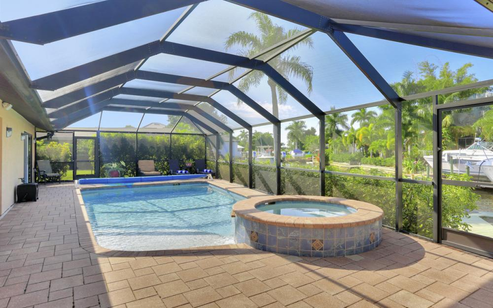 5256 Nautilus Dr, Cape Coral - Home For Sale 1166485658