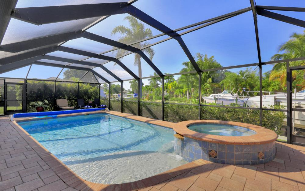 5256 Nautilus Dr, Cape Coral - Home For Sale 986494099