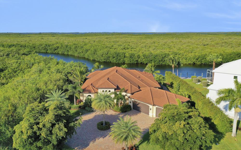 3920 Surfside Blvd, Cape Coral - Luxury Home For Sale 1016288160