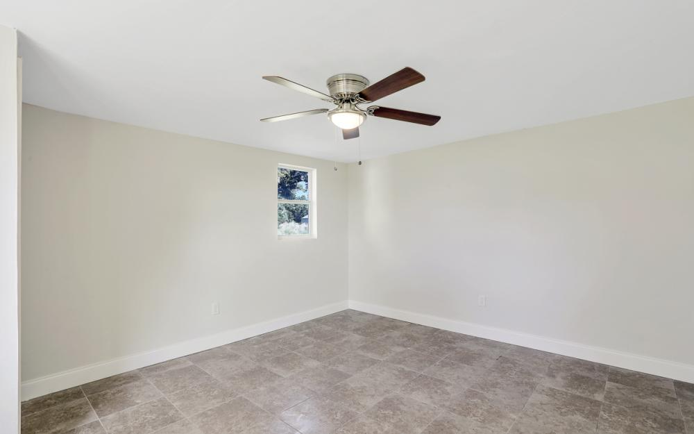 1800 Avenue Q SW, Winter Haven - Home For Sale 2051695852