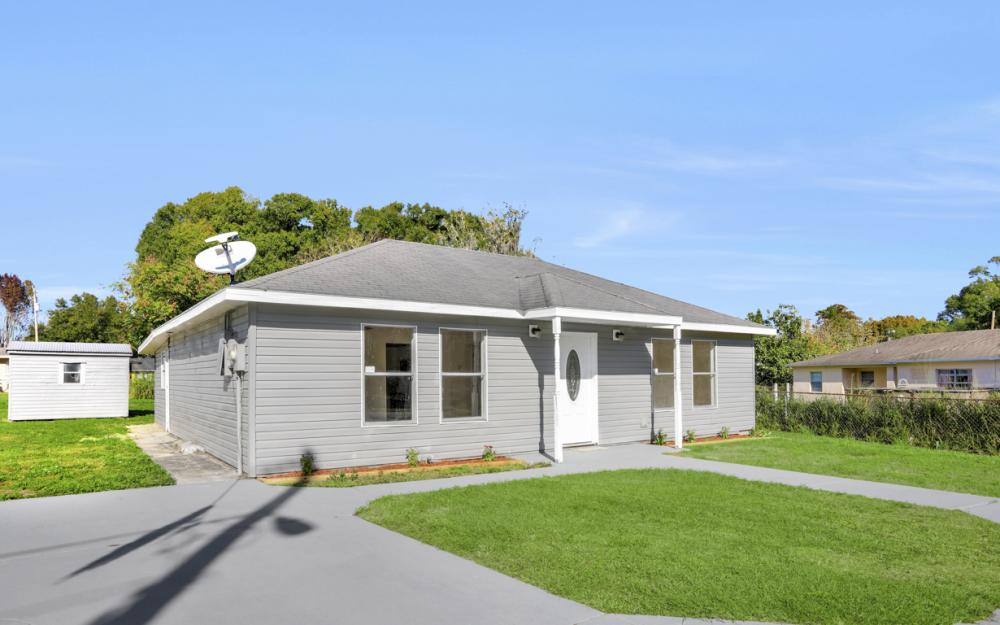 1800 Avenue Q SW, Winter Haven - Home For Sale 1447957380