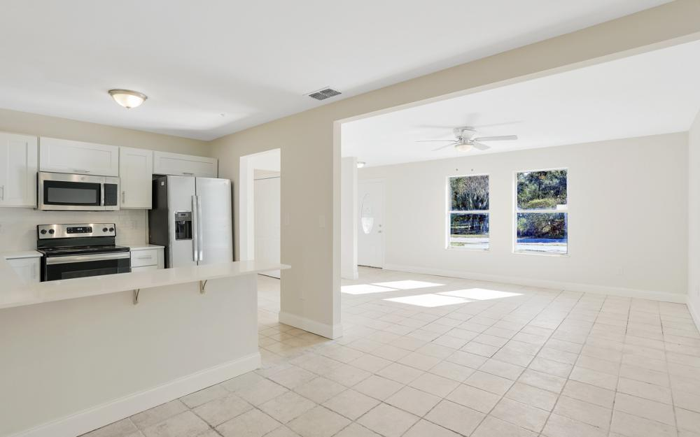 1800 Avenue Q SW, Winter Haven - Home For Sale 2081329580