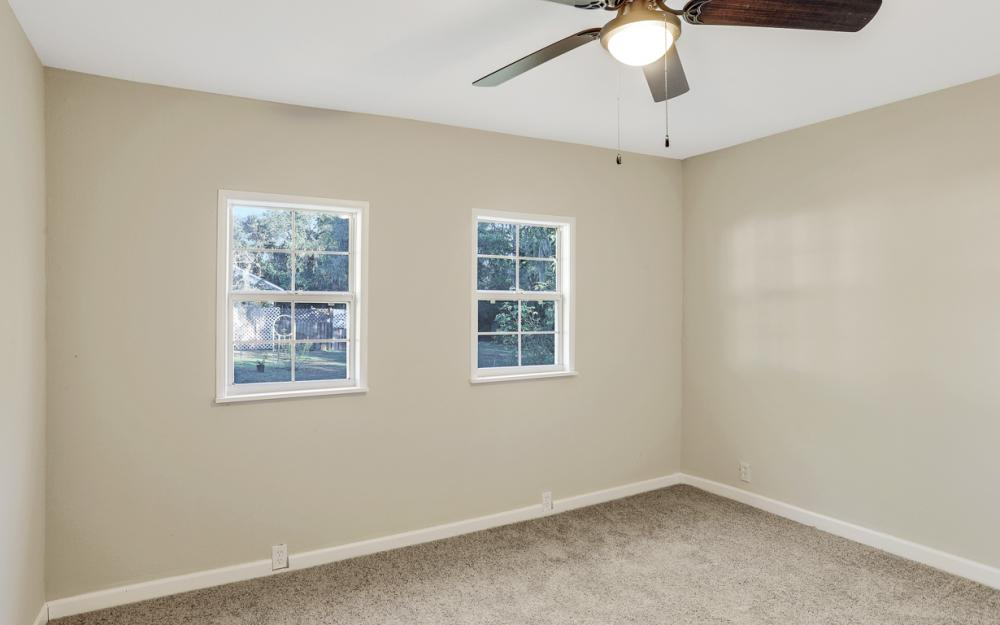 606 NW 3rd St, Mulberry - Home For Sale 152783854