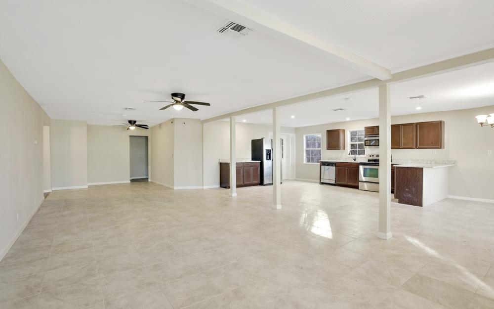 606 NW 3rd St, Mulberry - Home For Sale 1697369287