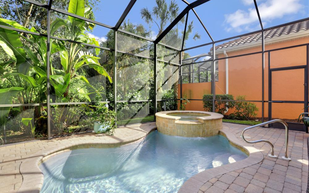 5749 Mango Cir, Naples - Home For Sale 310715867