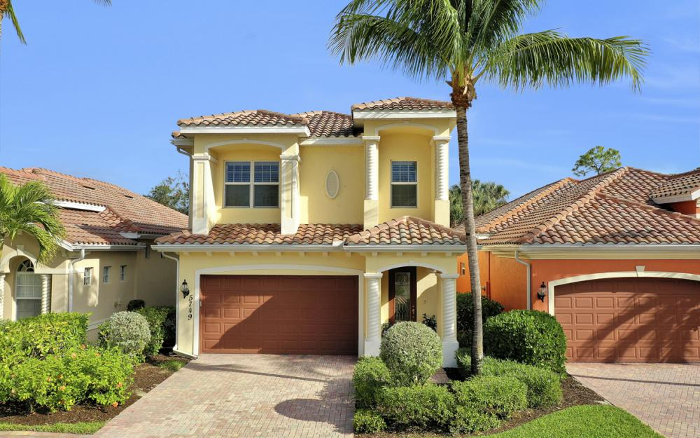 5749 Mango Cir, Naples - Home For Sale 1477700764