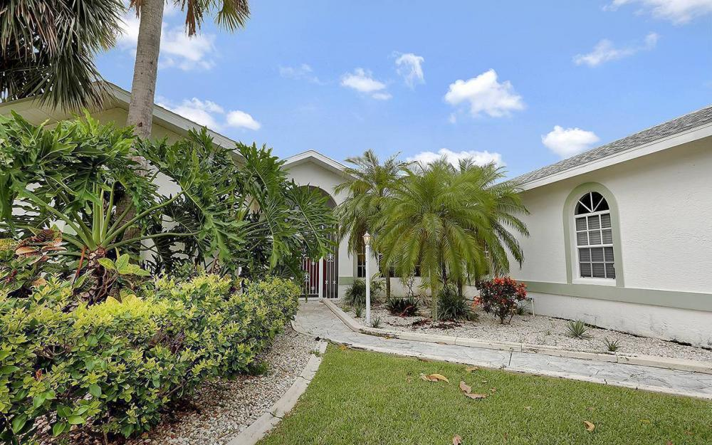 1029 SE 36th Ter, Cape Coral - House For Sale 736234152