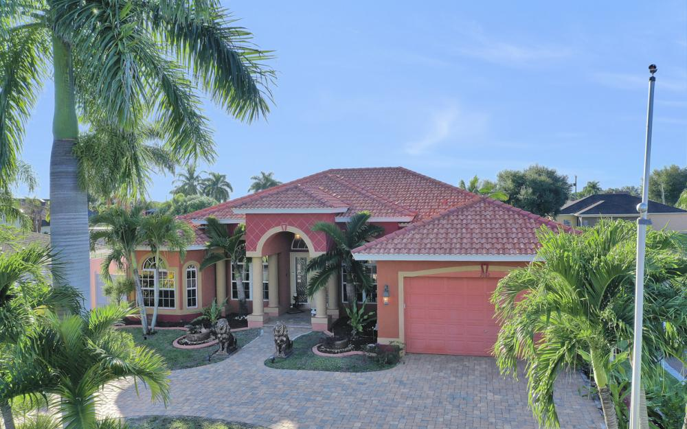 2102 SE 11th Pl, Cape Coral - Home For Sale 97967250
