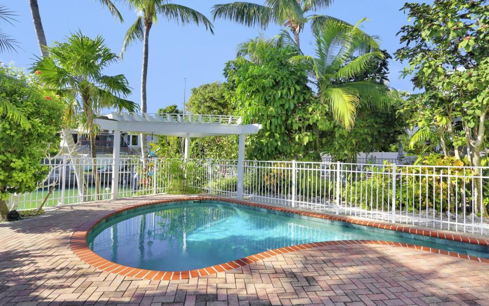 1154 Vernon Pl, Marco Island - Home For Sale 495350612