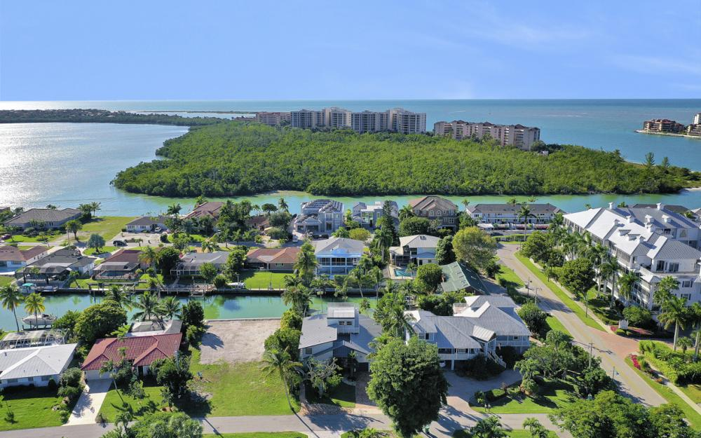 1154 Vernon Pl, Marco Island - Home For Sale 346008661