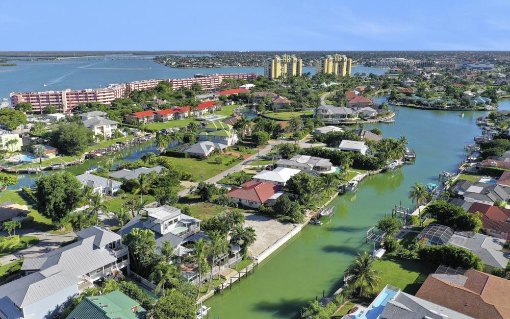 1154 Vernon Pl, Marco Island - Home For Sale 781853900