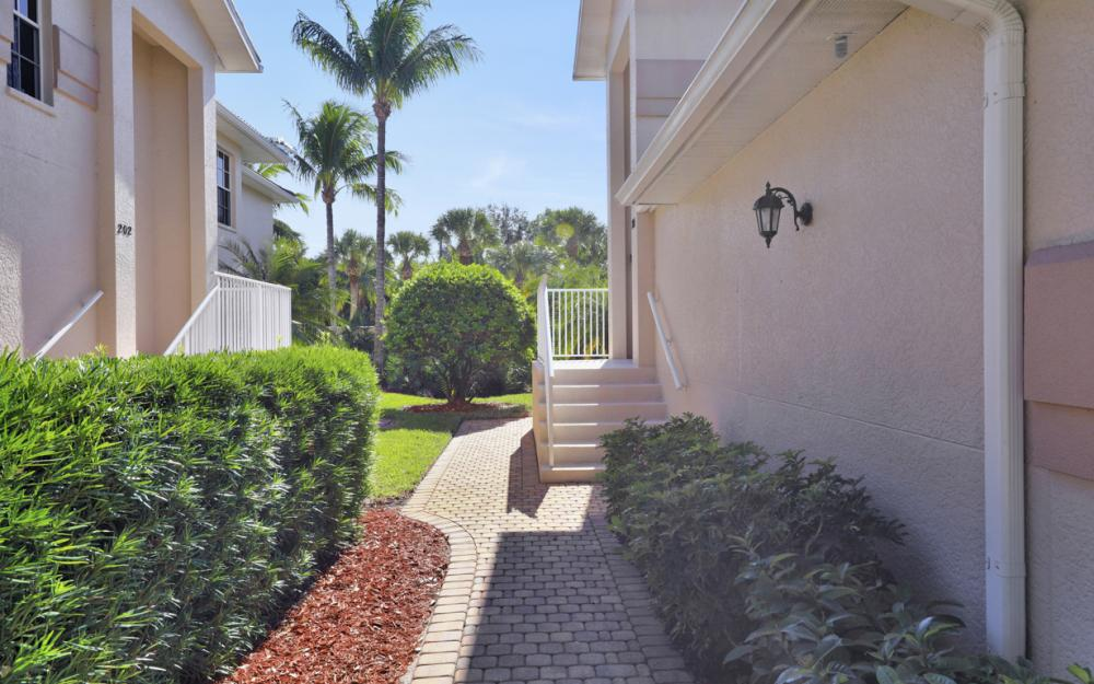 3331 S Coconut Island Dr #101, Bonita Springs - Condo For Sale 482498207