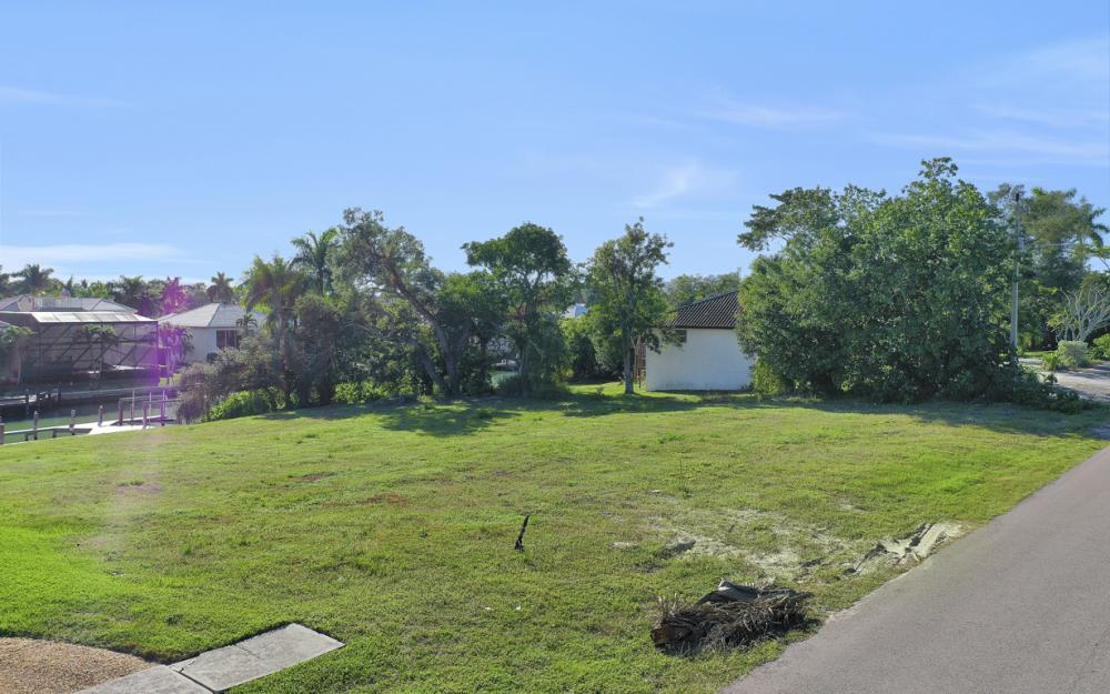 1655 Ludlow Rd, Marco Island - Lot For Sale  1023965007