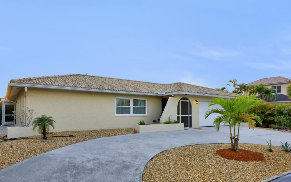 232 Tahiti Rd, Marco Island - Home For Sale 2043625284
