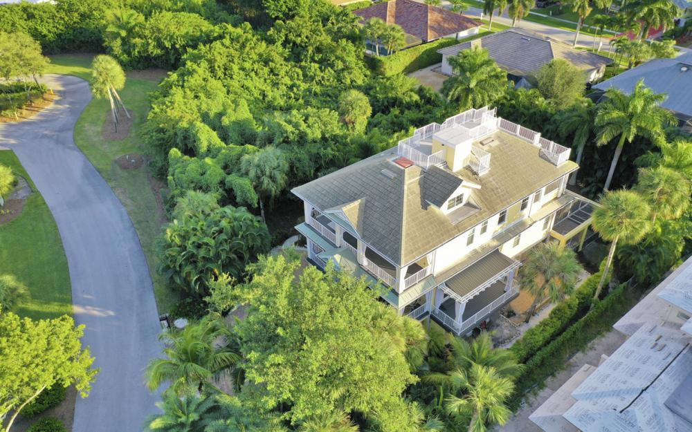 361 Periwinkle Ct, Marco Island - Home For Sale 282987302