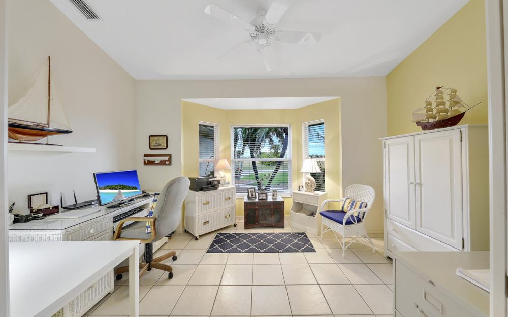 3712 NW 22nd Ter, Cape Coral - Home For Sale 1041166460