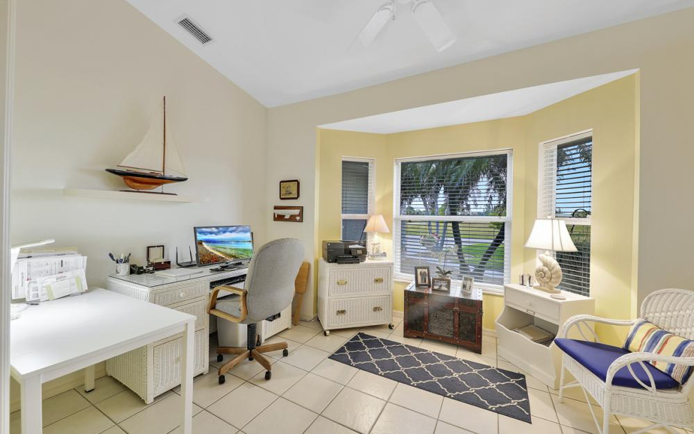 3712 NW 22nd Ter, Cape Coral - Home For Sale 2029330914