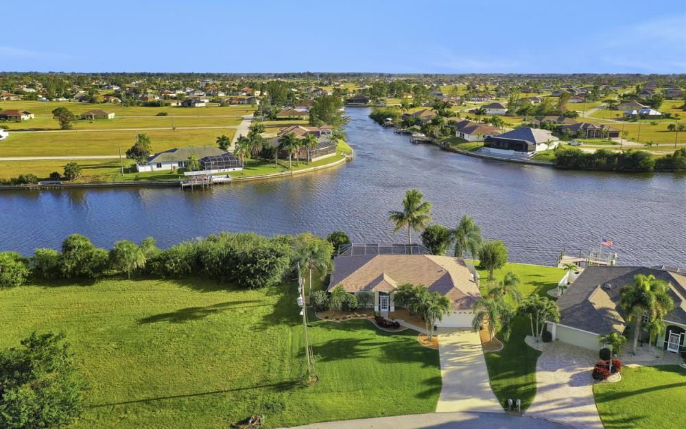 3712 NW 22nd Ter, Cape Coral - Home For Sale 1364334108