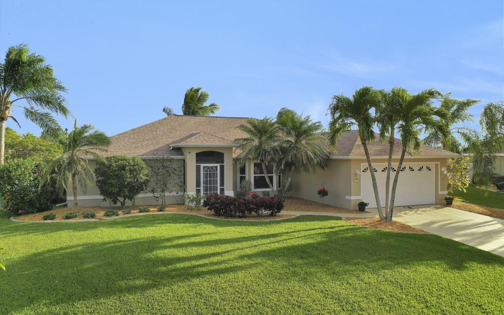 3712 NW 22nd Ter, Cape Coral - Home For Sale 1718710391