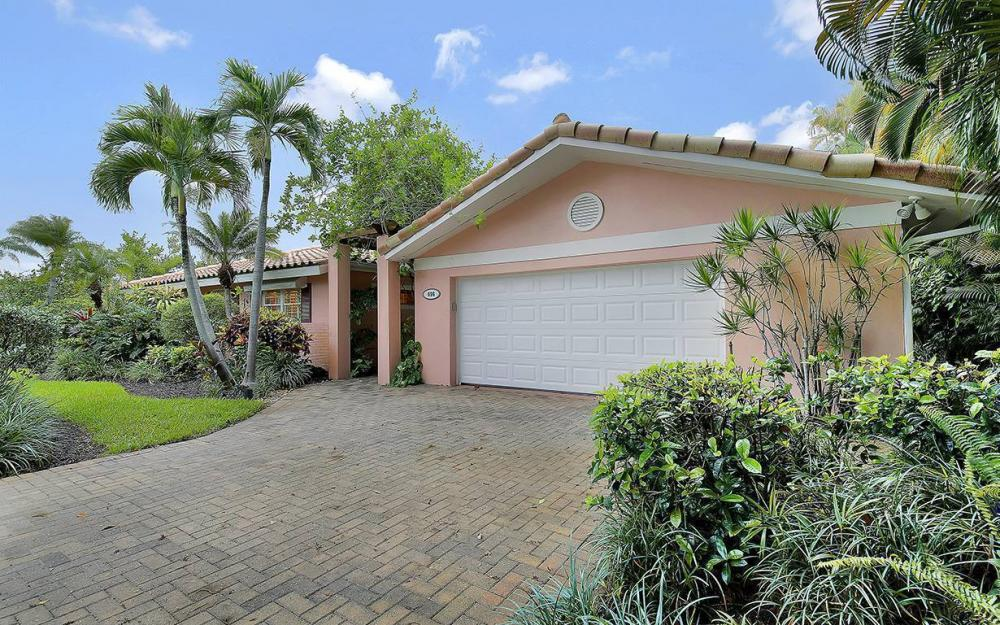 696 Fountainhead Ln, Naples - House For Sale 996897581