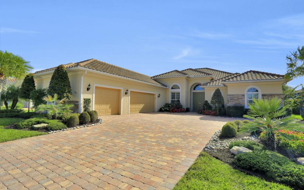 9265 Quarry Dr, Naples - Luxury Home For Sale 1203498045