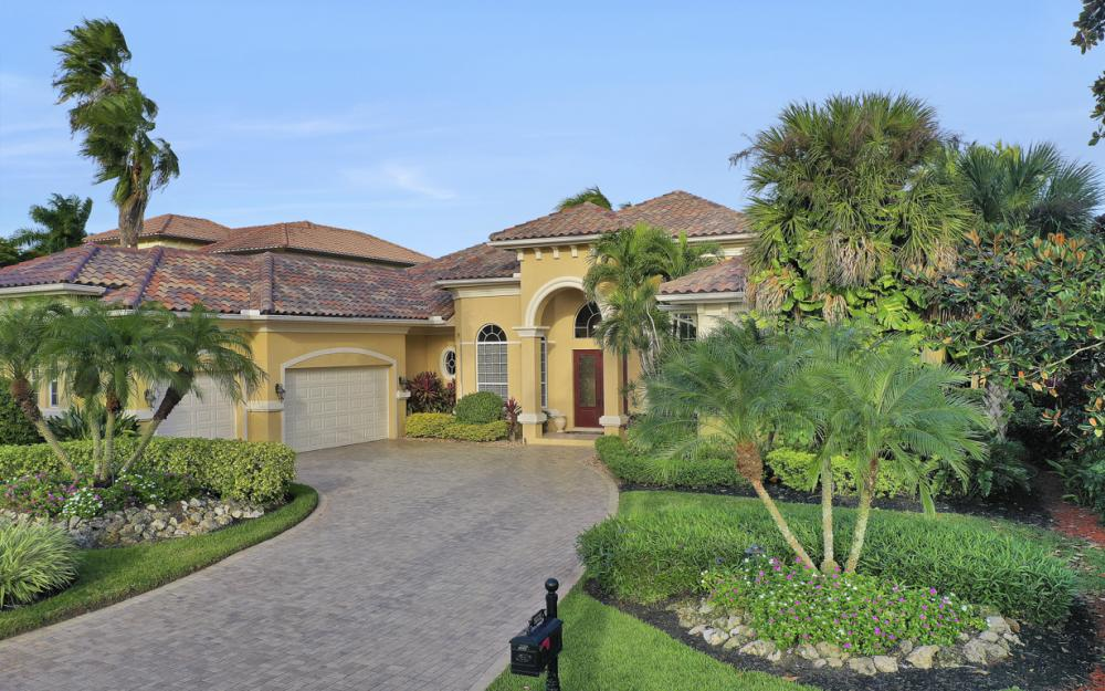 9331 Vittoria Ct, Fort Myers - Luxury Home For Sale 151426561