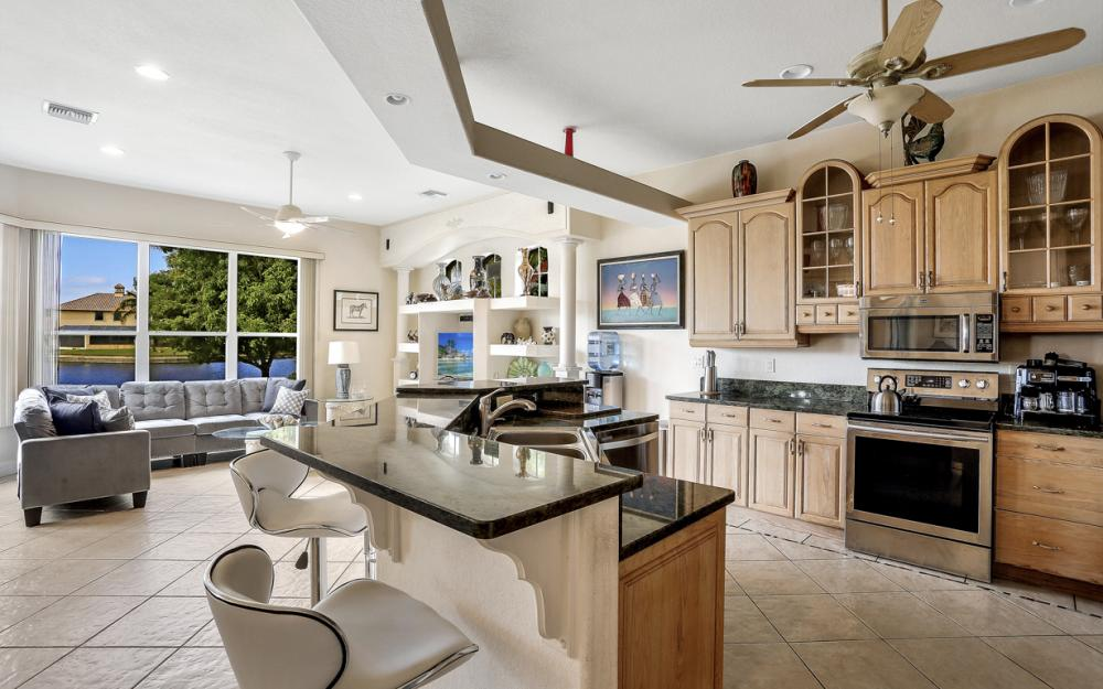 2001 SE 21st St, Cape Coral - Home For Sale 609623429