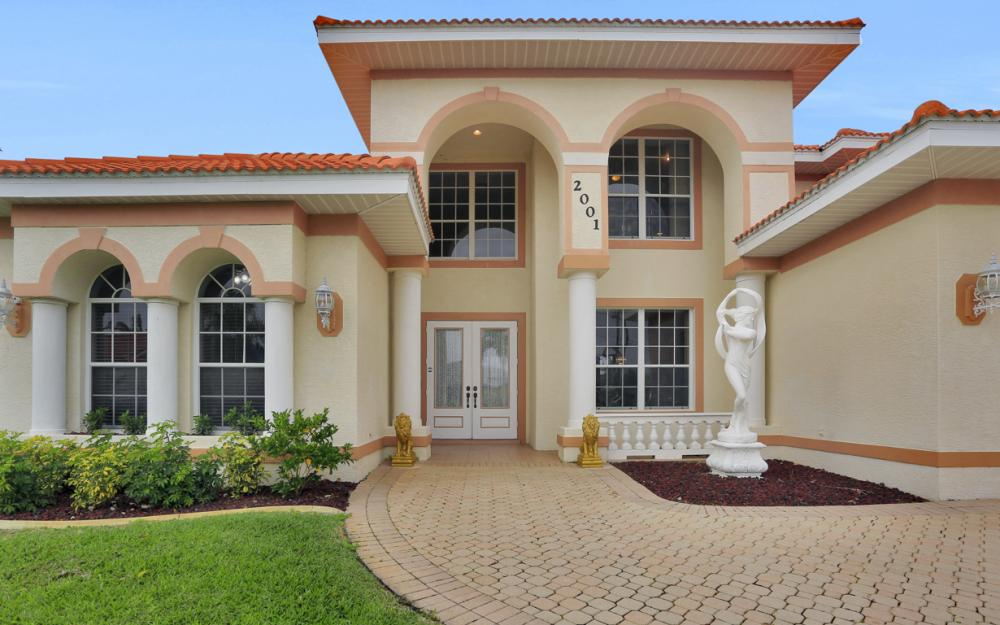 2001 SE 21st St, Cape Coral - Home For Sale 786044740