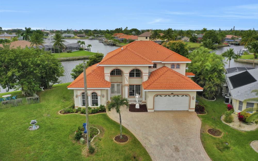 2001 SE 21st St, Cape Coral - Home For Sale 1144303184