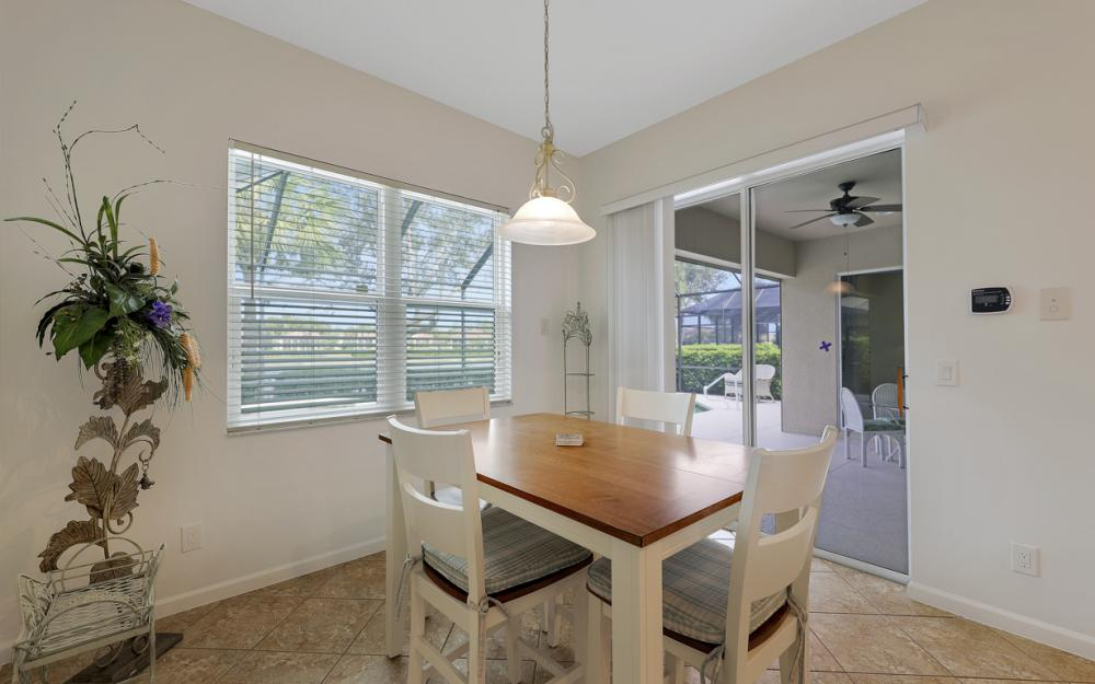 10216 Cobble Hill Rd, Bonita Springs - Home For Sale 1215088636