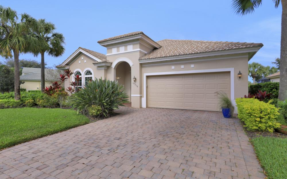10216 Cobble Hill Rd, Bonita Springs - Home For Sale 1764447011