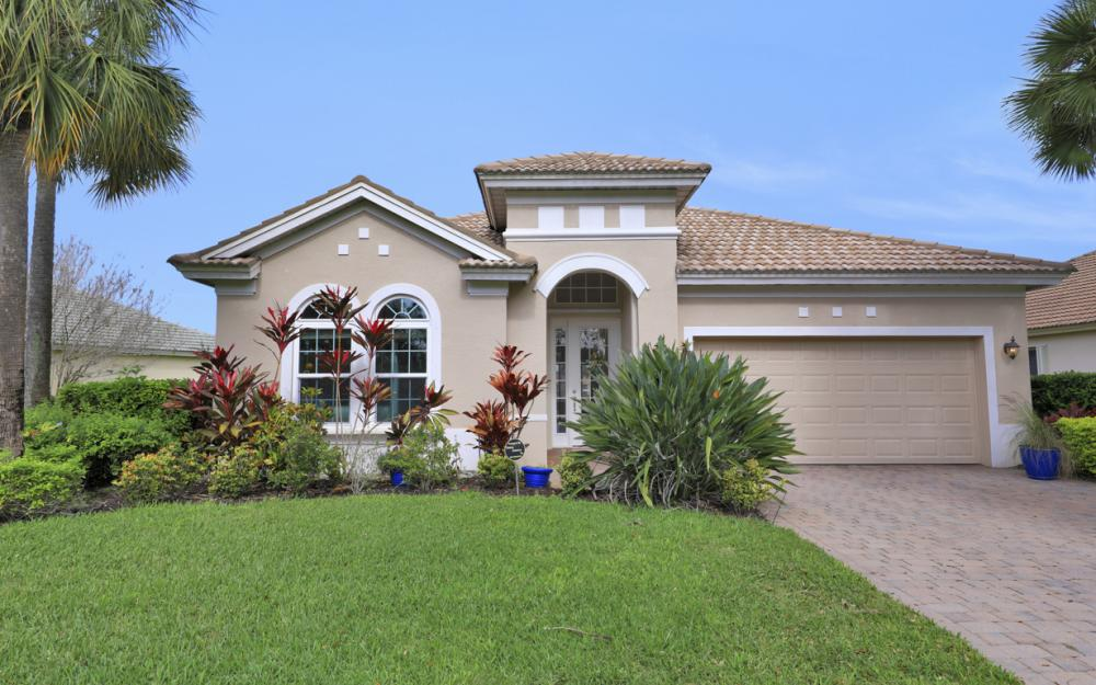 10216 Cobble Hill Rd, Bonita Springs - Home For Sale 977722500