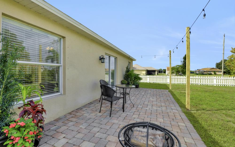 1141 Sw 2nd St, Cape Coral - Home For Sale 800575605