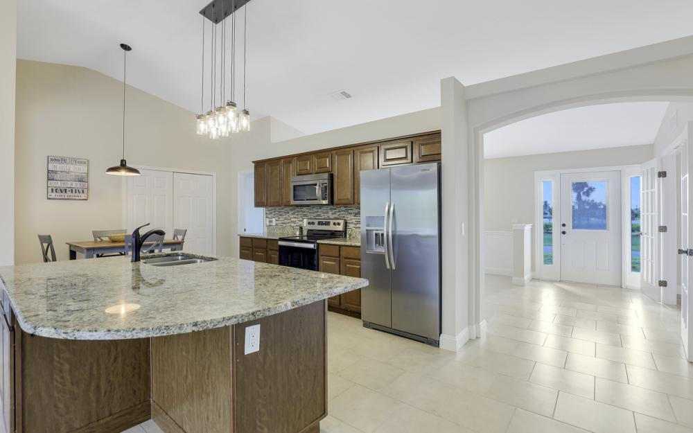1141 Sw 2nd St, Cape Coral - Home For Sale 1252682781
